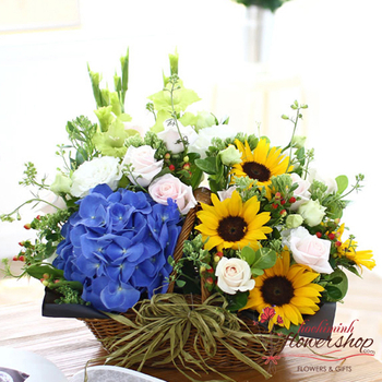 New home flowers free delivery